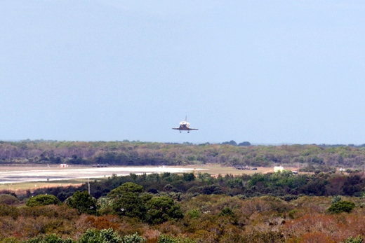 NASA shuttle Discovery on its last landing in Florida Space Center