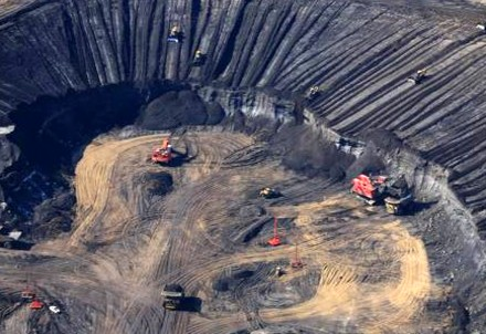 removal of tar sands destroys huge areas of valuable nature, kills all wildlife, endangers the life of all life on earth